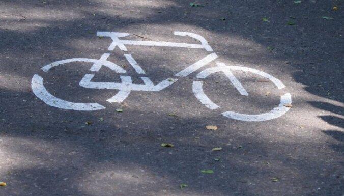 Велодорожки в Риге - за счет тротуаров и мест для парковки