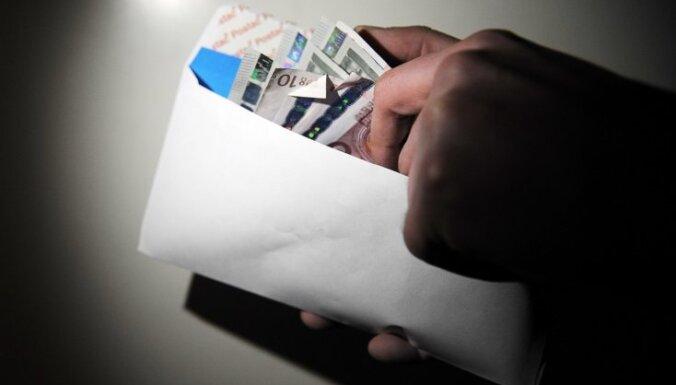 """Дело о зарплатах """"в конверте"""" и неуплате налогов: бюджет недополучил 218 000 евро"""