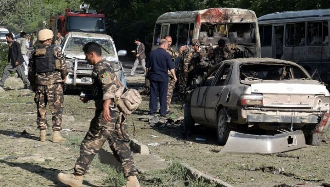 У аэропорта Кабула террорист атаковал автоколонну НАТО