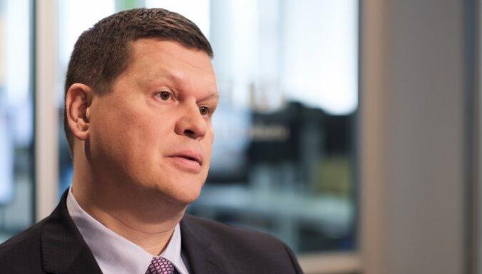 Министру Герхардсу пришлось отменить собственные распоряжения о комитетах в самоуправлениях
