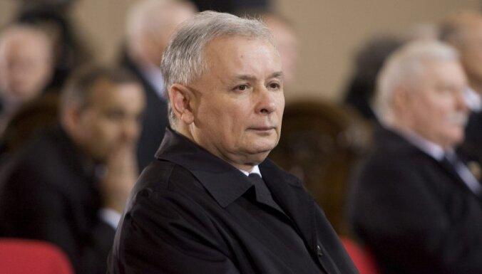 Качиньский призывает Россию и ФРГ заплатить репарацию Польше