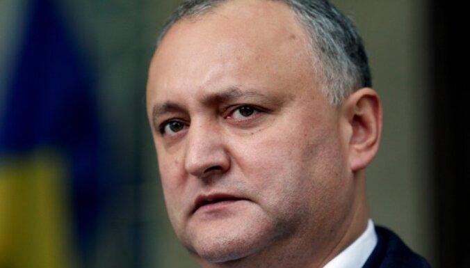 Moldovas Konstitucionālā tiesa atstādina prokremlisko Dodonu