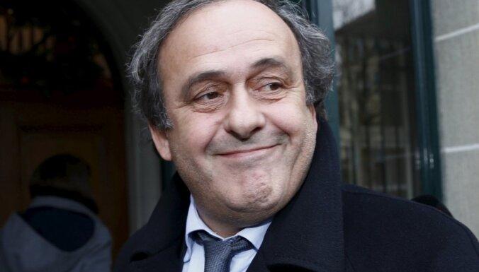 Platinī pirmdien būs izcietis FIFA piespriesto diskvalifikāciju