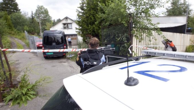 Norvēģijas policija detonē 'Oslo šāvēja' saimniecībā atrastās sprāgstvielas