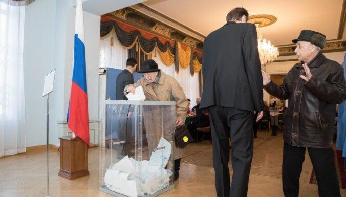 Эксперт объяснил высокую поддержку Путина на выборах в Латвии