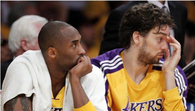 Gasols 'Lakers' komandai nevarēs palīdzēt atlikušajā regulārajā čempionātā