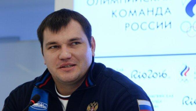 Russian weightlifter Alexei Lovchev