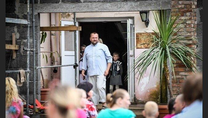 Notiks labdarības koncerts Bārbeles Zēnu pamatskolas 'Saknes un spārni' atbalstam