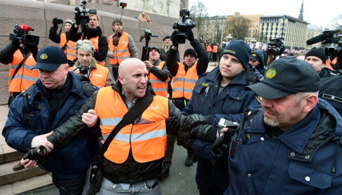 Британскому журналисту Грэму Филлипсу могут запретить въезд в Латвию