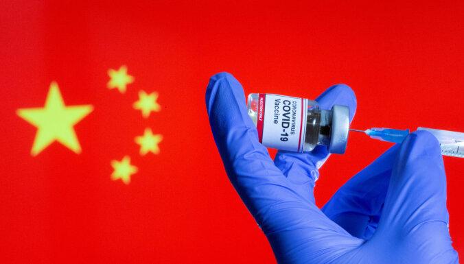 Ķīnā izstrādāto Covid-19 vakcīnu efektivitāte nav augsta, atzīst amatpersona