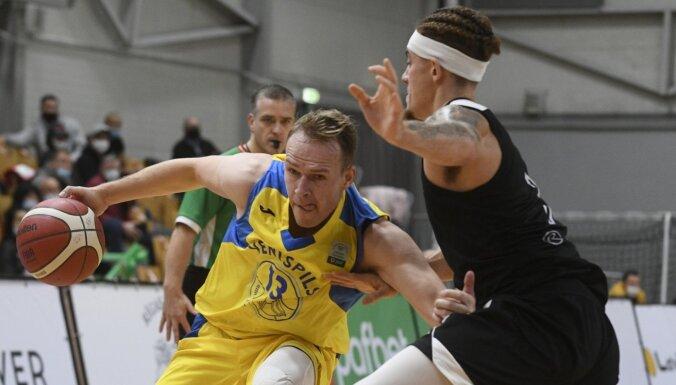 Pārceltas Latvijas basketbola klubu īpašās Ziemassvētku spēles
