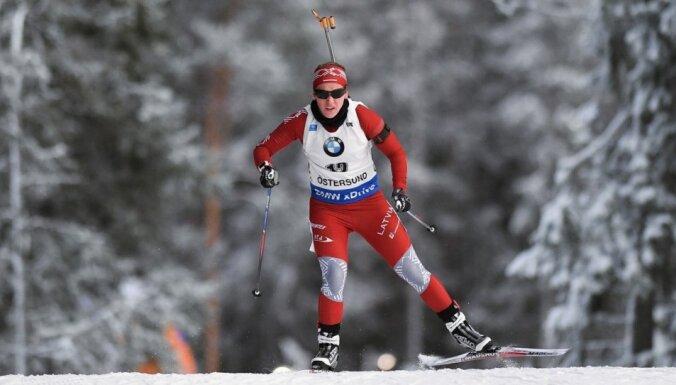 Biatlonistei Bendikai PK posmā Rūpoldingā karjeras rekords 15 km distancē