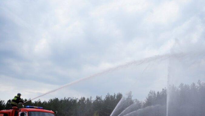 Pirmdien Latvijā dzēsti 12 meža ugunsgrēki