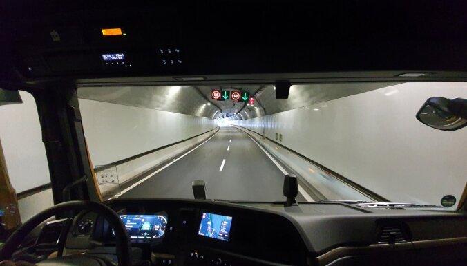 Еврокомиссия призвала создать зеленые коридоры для грузового транспорта