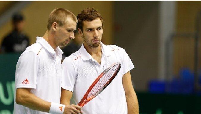 Теннисисты Латвии разгромили тунисцев в Кубке Дэвиса