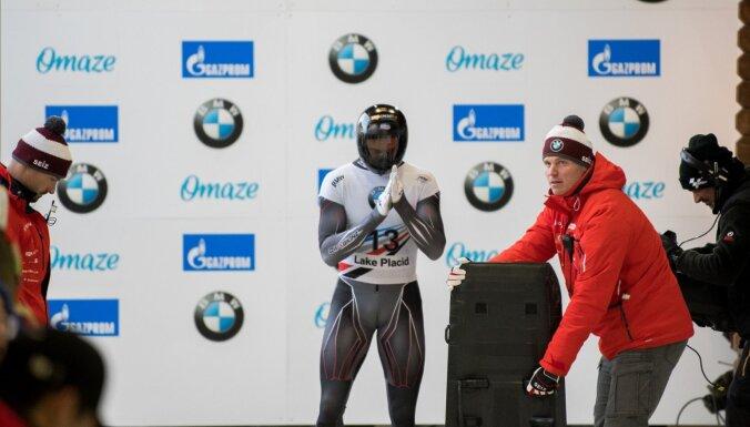 Скелетонист Мартин Дукурс одержал победу на пятом этапе Кубка мира