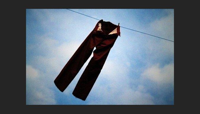 Parīzietēm bikšu valkāšana vairs nebūs likuma pārkāpums