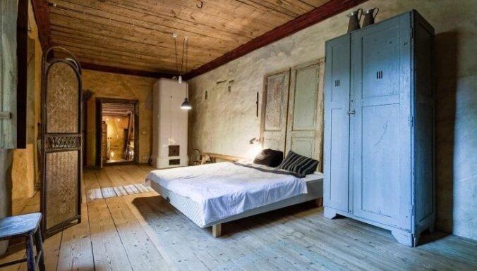 Ceļojums laikā: dzīvoklis ar vēsturisku auru Tallinas vecpilsētā
