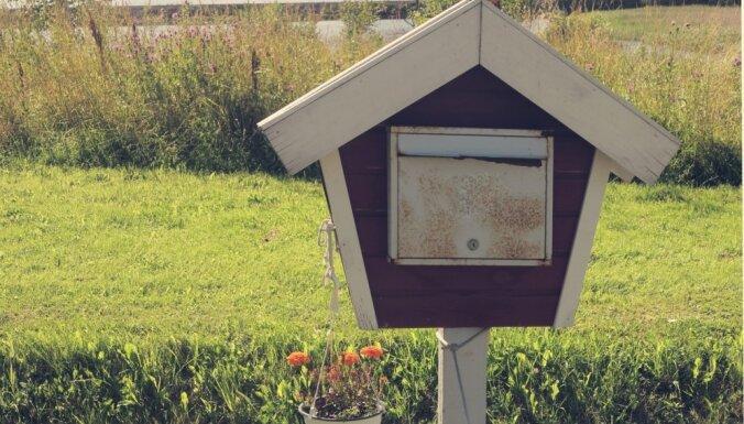 No atturības līdz uzjautrinošiem izpildījumiem – pastkastītes kā mājokļa rotas