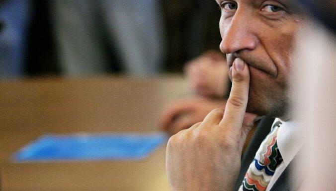 Кампарс: выплатить долг помог анонимный инвестор