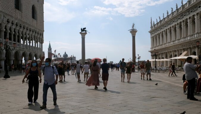 Pandēmijas ēnā sākas Venēcijas filmu festivāls