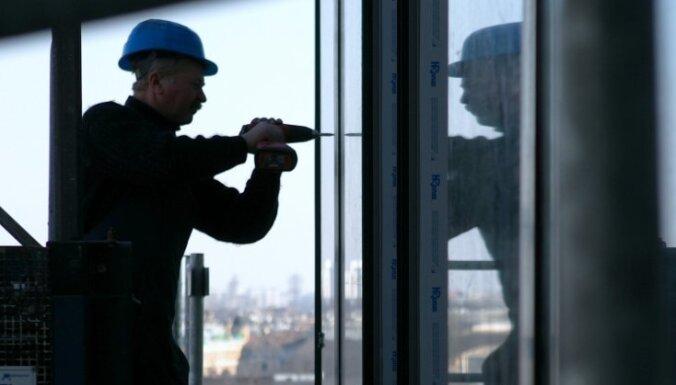 Большинство долго сидевших без работы латвийцев нашли постоянную работу