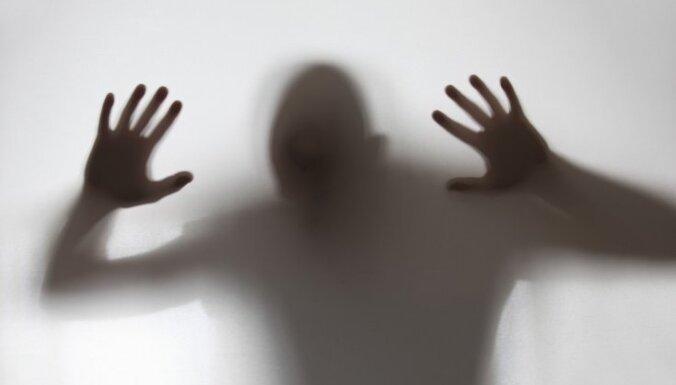 В Риге задержан педофил, изнасиловавший двух девочек и заставлявший их принимать наркотики