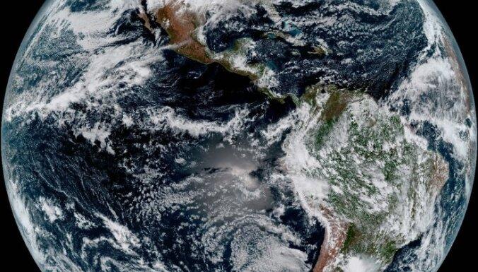 ФОТО: Новый метеоспутник сделал первые высококачественные снимки Земли