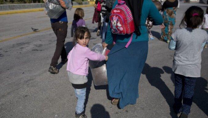Большинство граждан Евросоюза считают, что кризис беженцев нужно решать на уровне ЕС
