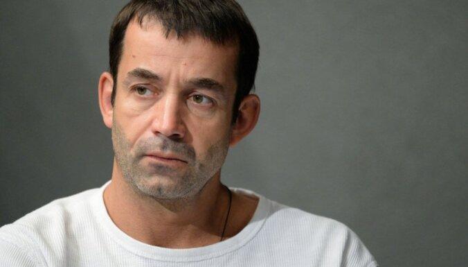 Актер Дмитрий Певцов обвинил Познера в желании уничтожить Россию