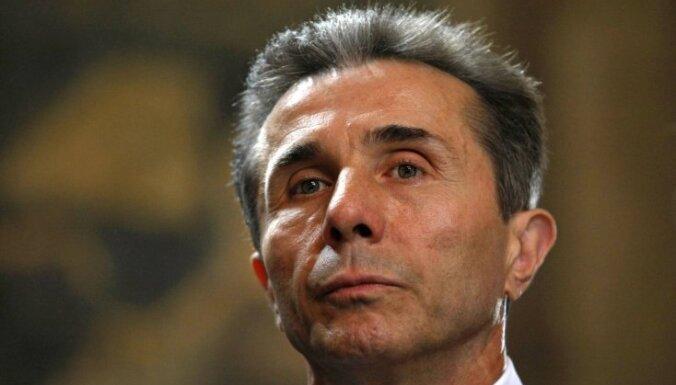 Домбровскис пожурил Иванишвили за недавние аресты