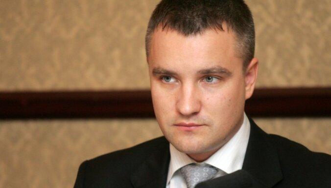 Saeimas Juridisko biroju varētu atstāt konstitucionālo tiesību speciālisti Pleps un Pastars