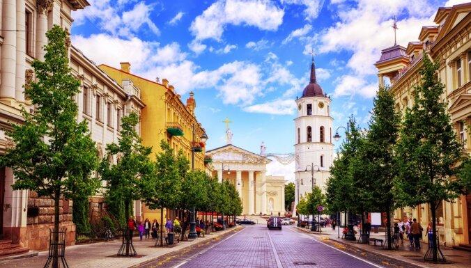 Lietuva sāks izsniegt 'iespēju pases' pret Covid-19 vakcinētajiem