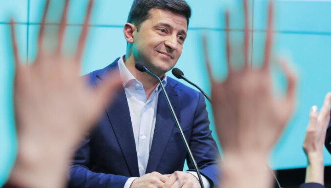 Зеленский обещает вернуть Крым и освободить крымских татар от оккупации