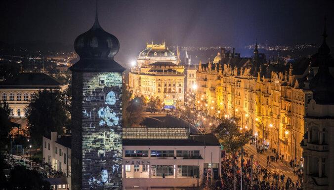 Jau piekto reizi notiks krāšņais Prāgas gaismas festivāls