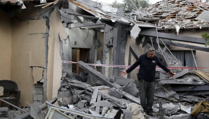 Video: No Gazas izšauta raķete iznīcina māju Izraēlas centrālajā daļā