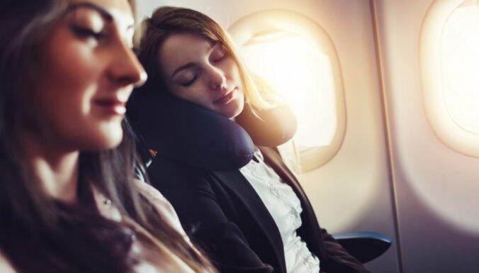 Почему в самолете ни в коем случае нельзя спать на полу?