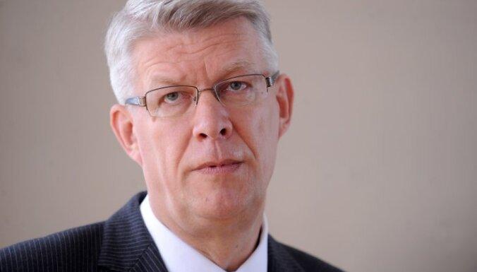 Zatlers: pēc referenduma jādomā par sabiedrības saliedēšanu un 'labas gribas žestiem'