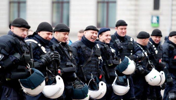 Задержанных 16 марта накажут административно