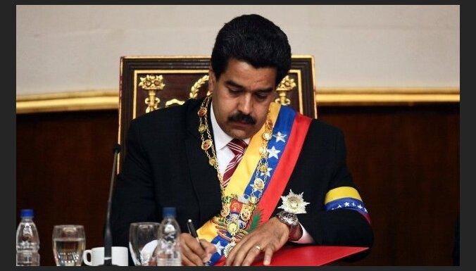 Maduro sola turpināt Čavesa kursu