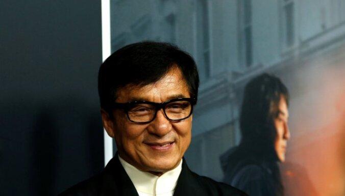Джеки Чан заявил о желании вступить в Коммунистическую партию Китая