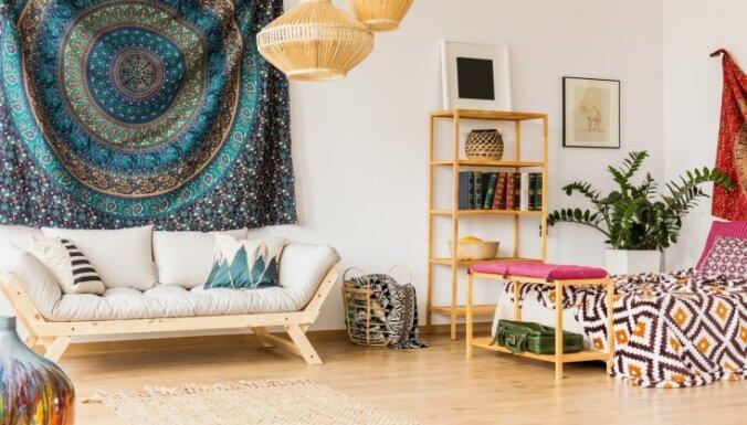 Omulīgai pasēdēšanai guļamistabā – sapņošanas telpai piemēroti dīvāni