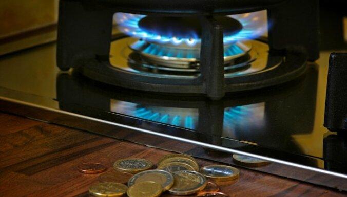За год цены повысились на 3,6%, в январе ощутимо подорожали газ и бензин