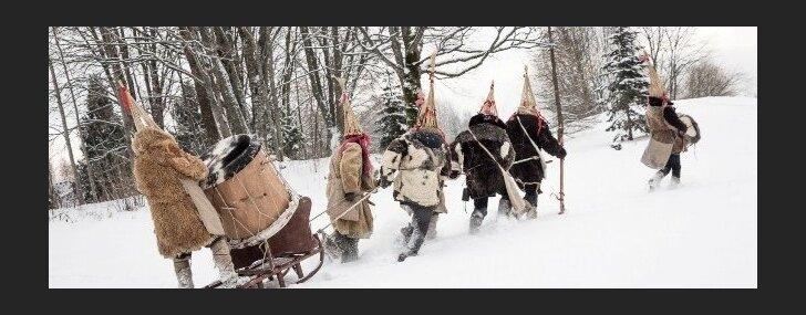 'Auļi' izdod Meteņdienas dziesmas video un budina no ziemas miera