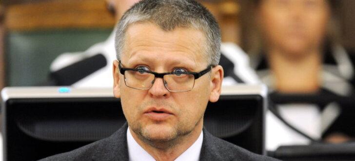 KNAB atkal prasa Saeimas atļauju sodīt Belēviču par interešu konfliktu