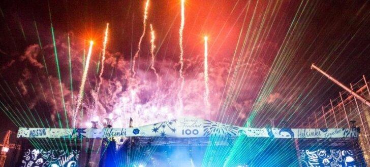 Ar iespaidīgu uguņošanu un svētku festivālu Somijā sākusies valsts simtgade
