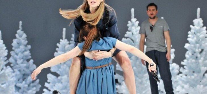 Foto: Ibsena lugas 'Mežapīle' iestudējums Nacionālajā teātrī