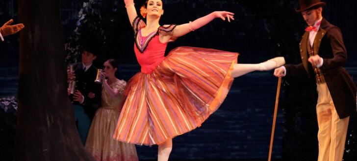 Pirmizrādi piedzīvo krāšņais kostīmu balets 'Pie zilās Donavas'