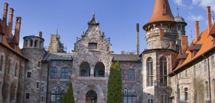Куда поехать на выходных: латвийские замки и усадьбы открывают двери