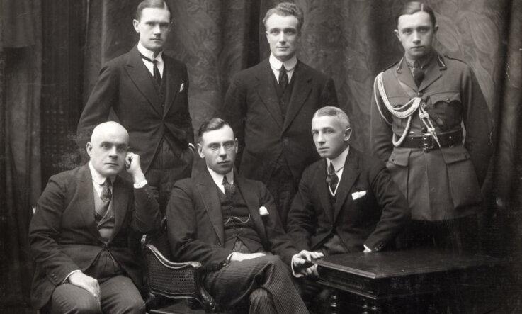 1921. gads: Latviju atzīst de iure un uzņem Tautu Savienībā, notiek cīņa par Latvijas nosaukumu franču valodā